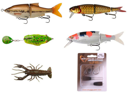 Savage Gear Pike lure pack (hard baits, soft baits and a frog!)